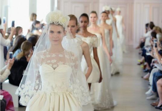 Кастинги модель для свадебных платьев